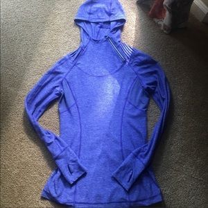 Lululemon 1/4 zip sweatshirt